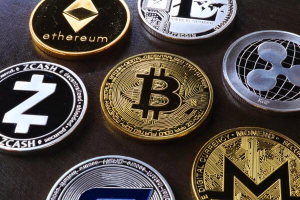 Waarom zijn Bitcoins waardevol? (afb Foto door Roger Brown via Pexels)