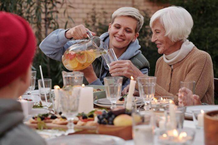 Niebieskie strefy świata: 9 wskazówek dotyczących stylu życia, które mogą prowadzić do dłuższego i zdrowszego życia