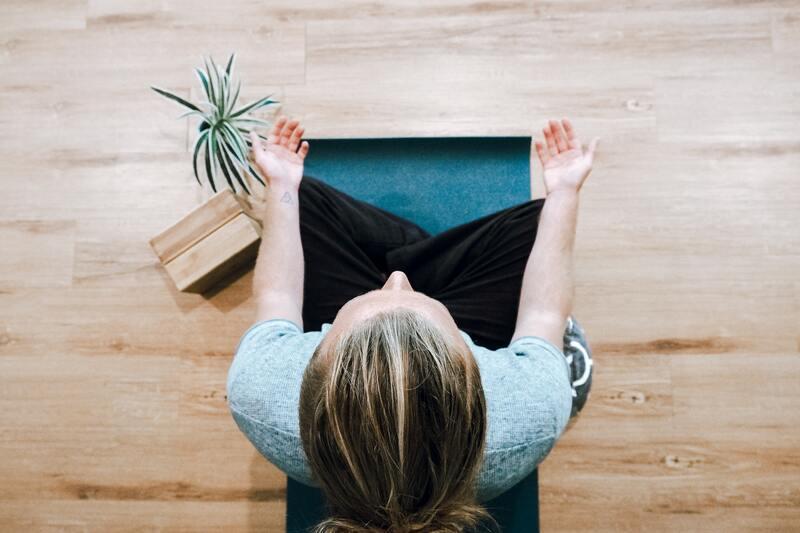Melhore a sua concentração com 1 destas 3 estratégias importantes: atenção plena! (FIG.)